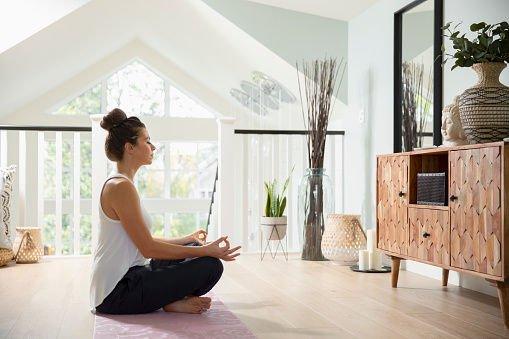 【瑜珈教學】簡單 5 個舒緩經痛的瑜珈姿勢